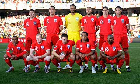 England-team-photo-006