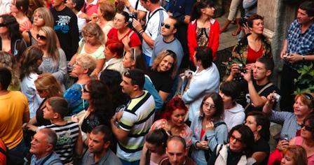 crowded121