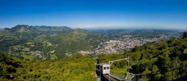 Lourdes-Pic-du-Jer-et-funiculaire_format_914x400