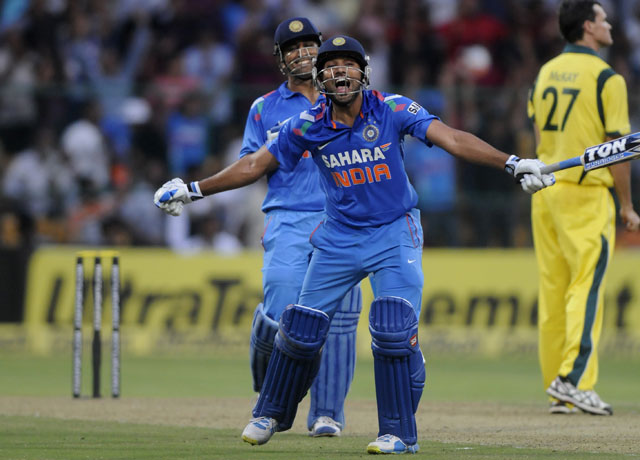 rohit-sharma-celebrates-640