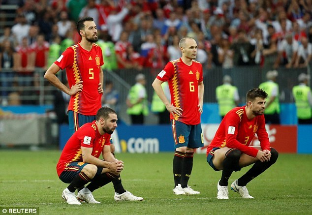 iniesta-is-latest-genius-call-time-spain-have-lost-a-true-great-2